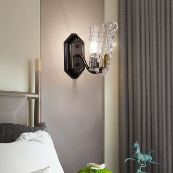 Modernist Black Wall Light Metal Curved Arm 1 Light Sconce Lighting Fixture with Clear Crystal Panel Wall Lamps & Sconces Lyg1U